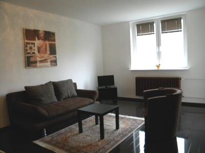 g nstige fewo unterkunft in berlin. Black Bedroom Furniture Sets. Home Design Ideas